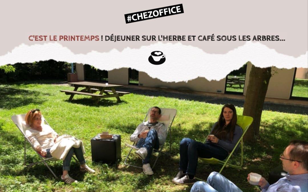 #ChezOffice : Déjeuner sur l'herbe et café sous les arbres…